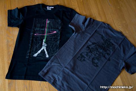 ユニクロ ガンダムTシャツ