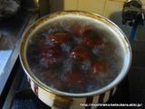 栗ご飯 沸騰したお湯に入れ3分くらい茹でます